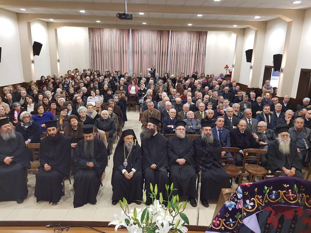 madenlidis pyrosvestikis 29 - O Σεβασμιώτατος ευλόγησε την εντυπωσιακή επίδειξη από την Πυροσβεστικής Υπηρεσίας Λάρισας