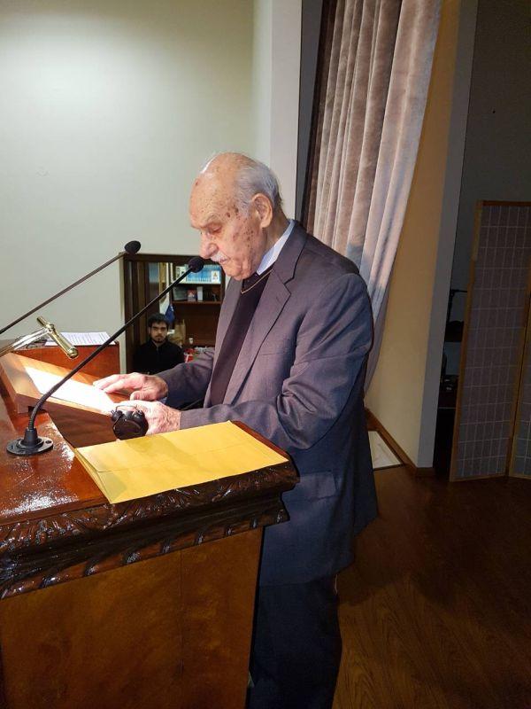 madenlidis pyrosvestikis 31 - O Σεβασμιώτατος ευλόγησε την εντυπωσιακή επίδειξη από την Πυροσβεστικής Υπηρεσίας Λάρισας