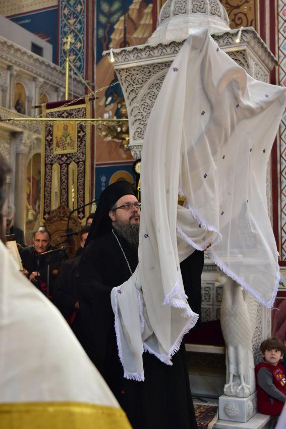 apokathilosi 2019 10 - Η Αποκαθήλωση στον Ι.Μ Ναό Αγίου Αχιλλίου (φωτο)