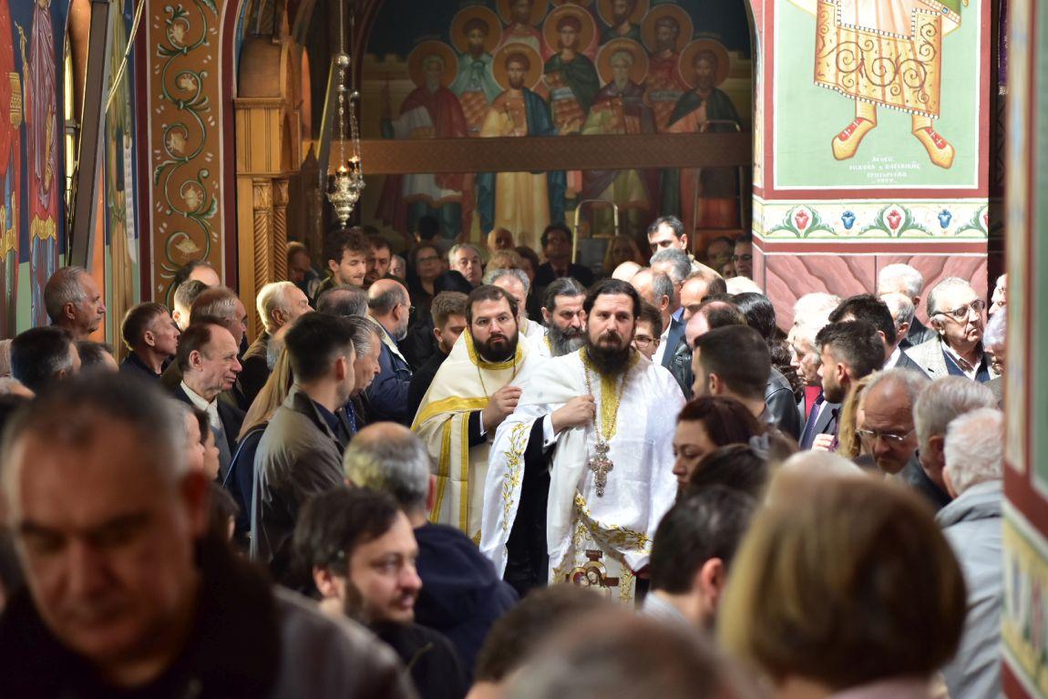 apokathilosi 2019 7 - Η Αποκαθήλωση στον Ι.Μ Ναό Αγίου Αχιλλίου (φωτο)