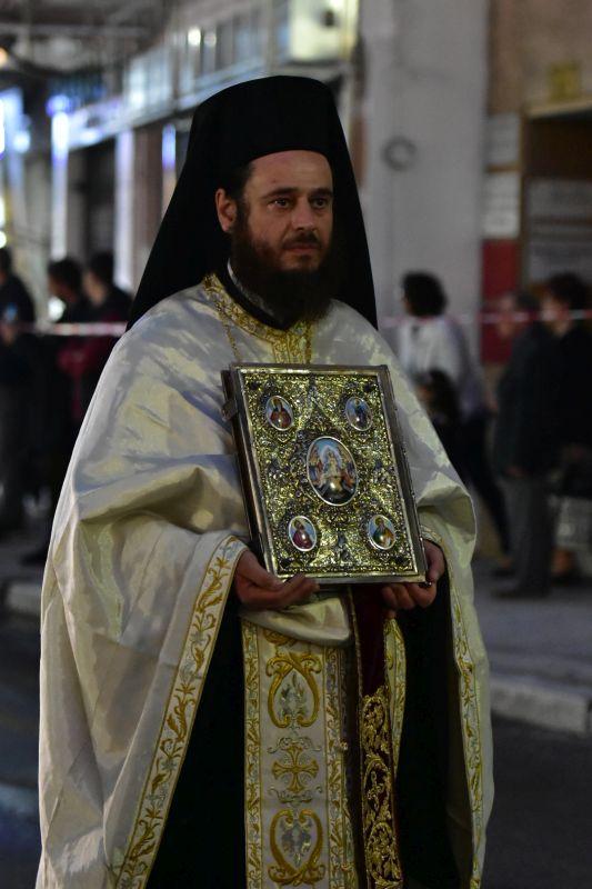 AgAxil 2019 esperas 36 - Ο Πανηγυρικός Εσπερινός και η Λιτανεία των Λειψάνων του Πολιούχου και Προστάτου Αγ. Αχιλλίου