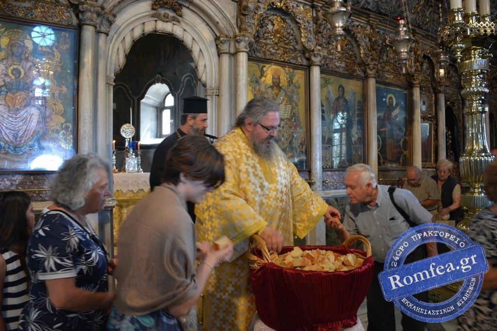tinos 2019 47 - Στην Παναγία της Τήνου οι Λαρισαίοι προσκυνητές. (φωτο)