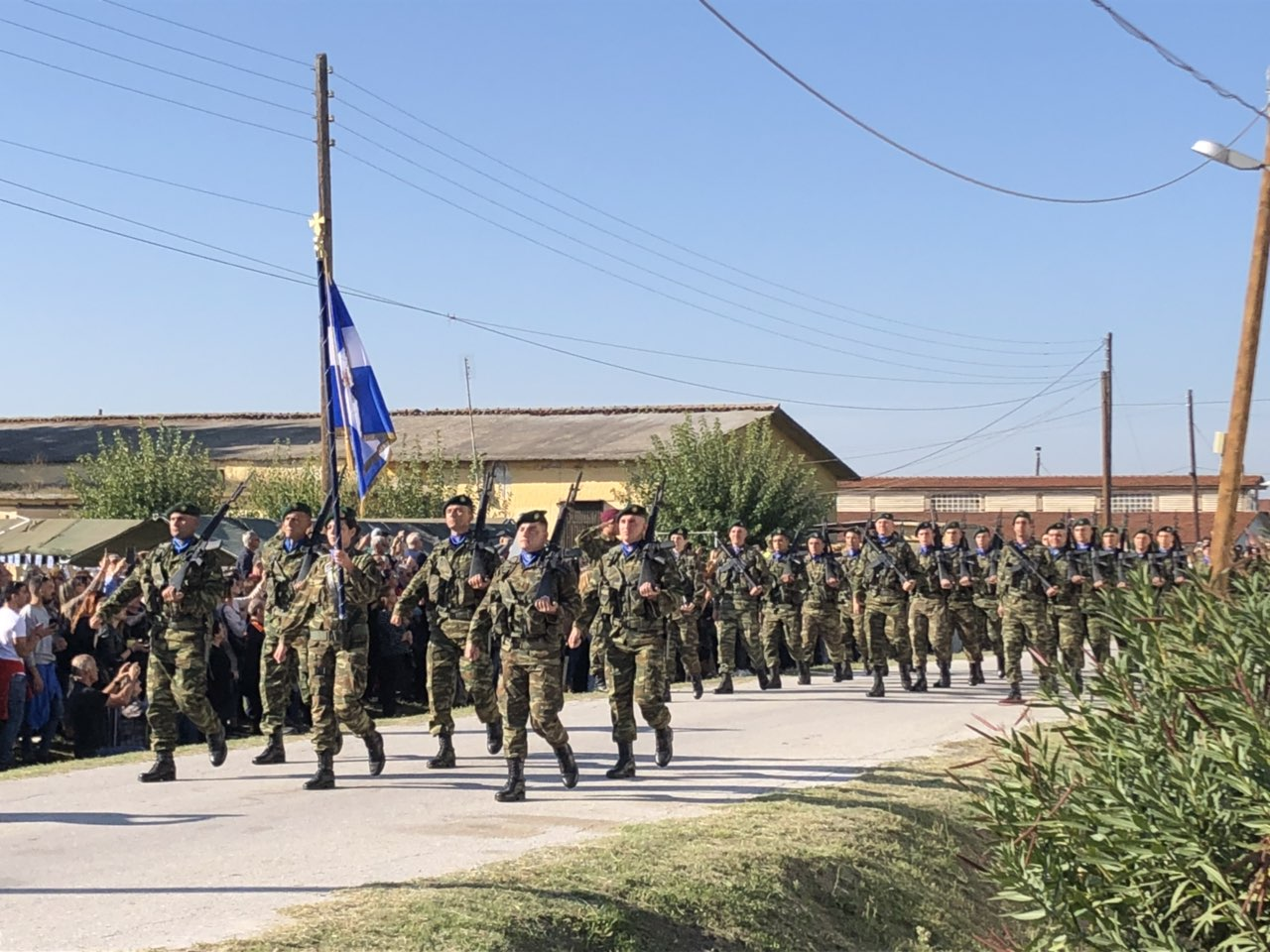 "orkomosia mpouga 2 - Στην ορκωμοσία νέων οπλιτών στο Στρατόπεδο ""Μπουγά"" ο Σεβασμιώτατος"