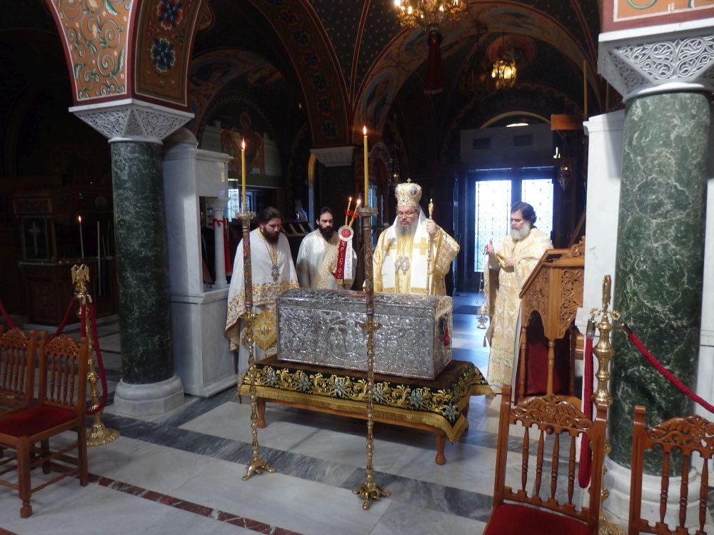 Paralitou 2020 10 - Άνοιγμα Λάρνακος των Λειψάνων του Αγίου Αχιλλίου (φωτο)