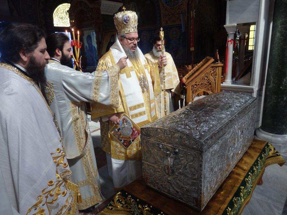 Paralitou 2020 6 - Άνοιγμα Λάρνακος των Λειψάνων του Αγίου Αχιλλίου (φωτο)
