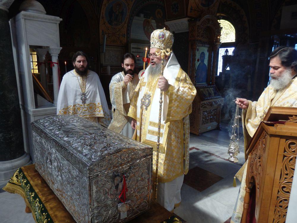 Paralitou 2020 9 - Άνοιγμα Λάρνακος των Λειψάνων του Αγίου Αχιλλίου (φωτο)