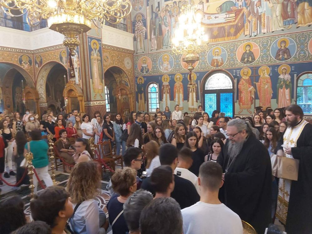 paraklisi panelladikes 2020 6 - Παράκληση για τους υποψηφίους μαθητές στον Άγιο Αχίλλιο (φωτο)