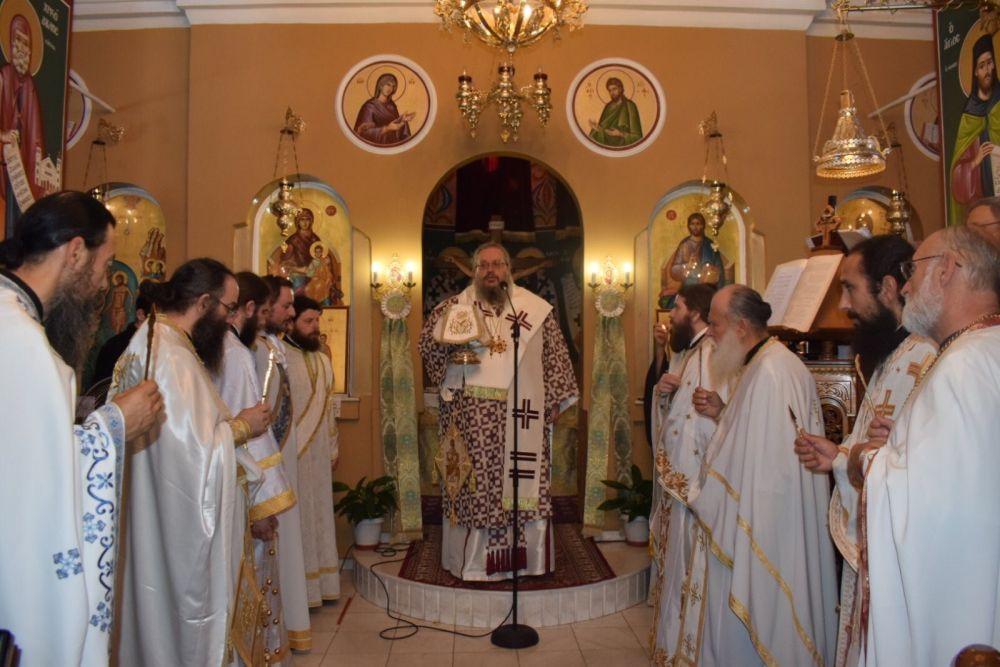 xeirotonia presv theoxaroulis 5 - Χειροτονήθηκε πρεσβύτερος ο π. Μ. Θεοχαρούλης -  θα αναλάβει τις λειτουργικές και πνευματικές ανάγκες στην εκκλησία του Βρυότοπου