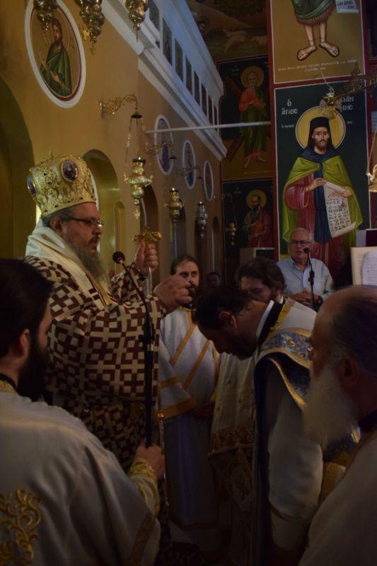 xeirotonia presv theoxaroulis 7 - Χειροτονήθηκε πρεσβύτερος ο π. Μ. Θεοχαρούλης -  θα αναλάβει τις λειτουργικές και πνευματικές ανάγκες στην εκκλησία του Βρυότοπου
