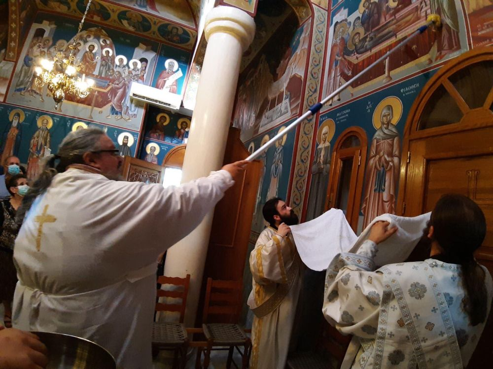 egkainia AgNektarios Nikaia 10 - Εγκαίνια Ιερού Ναού Αγίου Νεκταρίου (φωτο)