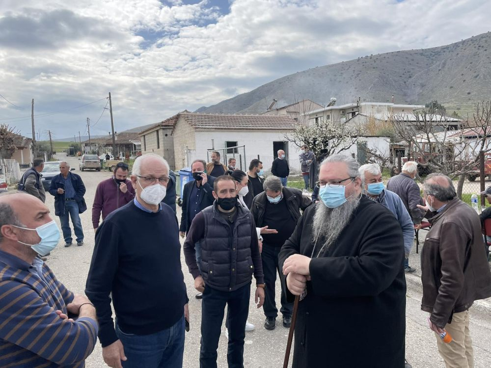 seismos amygdalea 2021 1 - Στο χωριό Αμυγδαλέα μετέβη ο Σεβασμιώτατος (φωτο)