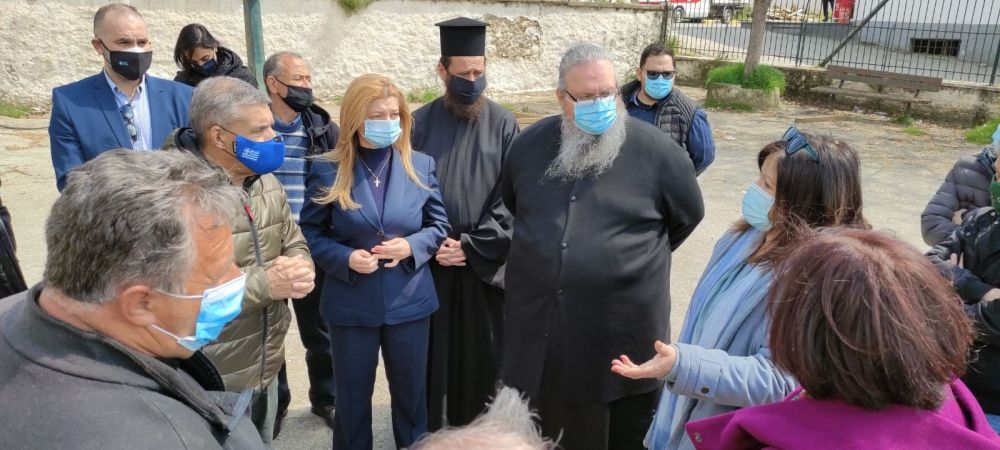 avgerinopoulou kafantari 3 - Ενδιαφέρον για τους Σεισμόπληκτους…
